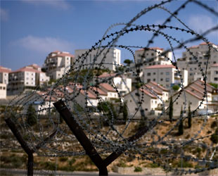 israeli-settlement-barbed-wire