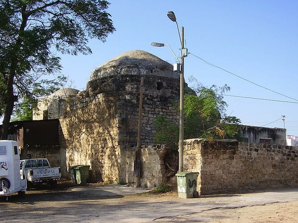 old-mosque-in-salame