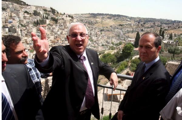 Knesset delegation visit building program